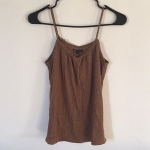 Tank top with twisted rope straps